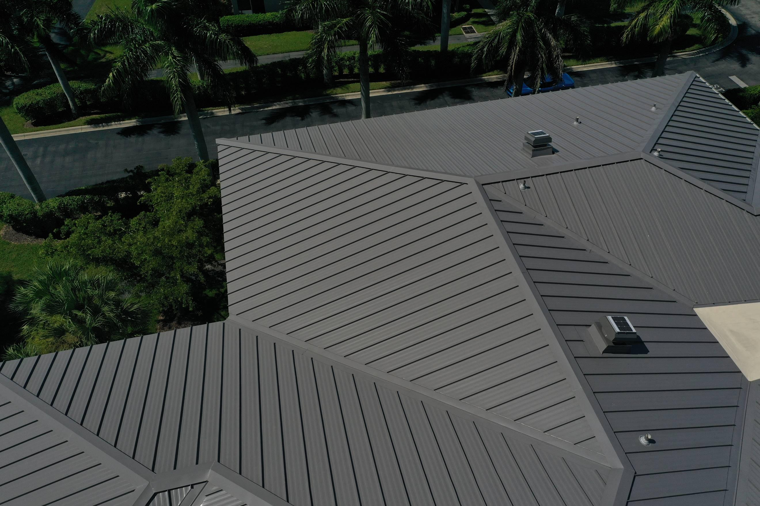 Beautiful Metal Roof in Heritage Pointe