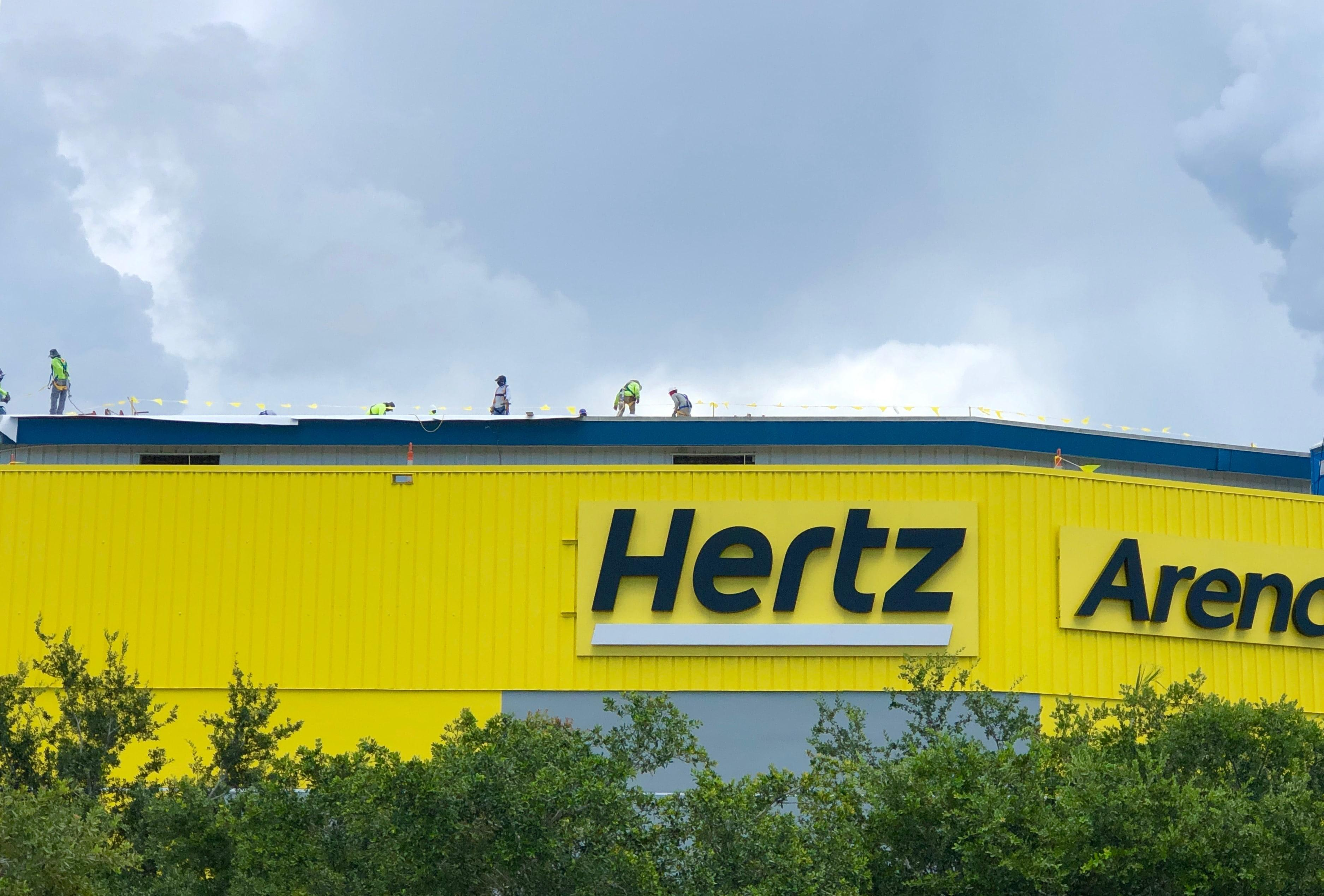 Up On Top at Hertz Areana